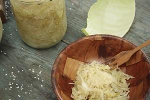 Der er 20 gange flere c-vitaminer i en skefuld sauerkraut end i ikke-fermenteret kål.